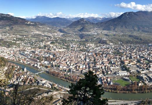 La città di Trento vista dall'alto