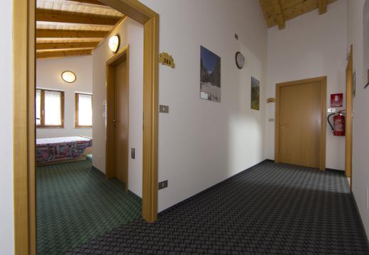 Corridoio dell'Agritur Ruatti di Pracorno